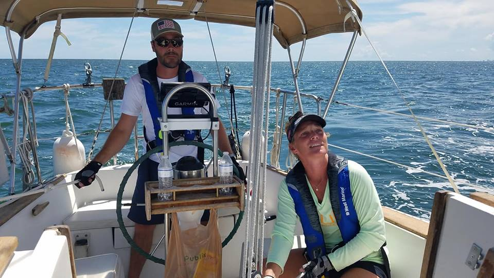 cruising-couple ASA Sailing Lessons